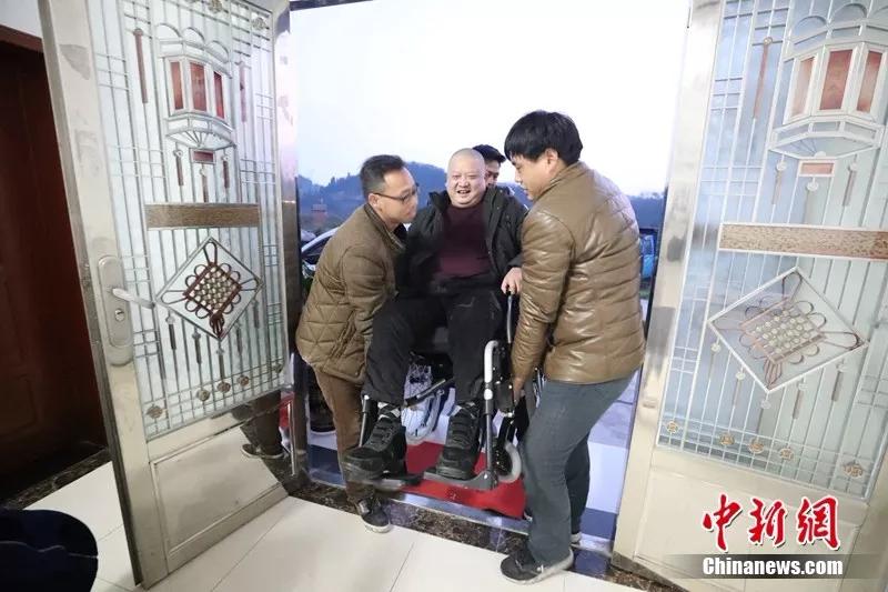 北京赛车pk10软件神器:看了这个故事,我懂了为什么说同学是一辈子的情